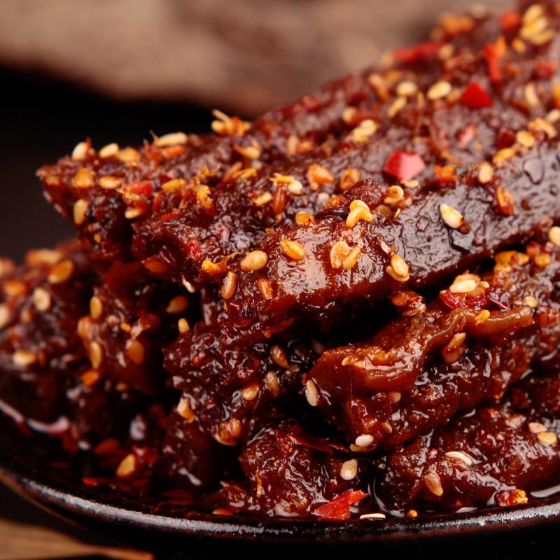 蜀道香 天椒麻辣牛肉干200g 四川特产休闲零食满口溢香,细细尝,辣爽的气息在味蕾上满满绽放。辣味 川味 零食