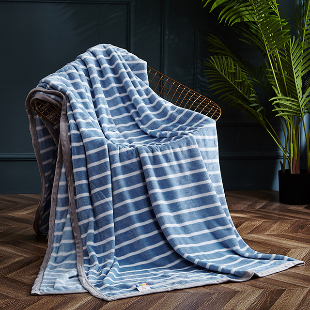 蓝之羽 冰岛暖绒毯-维克多