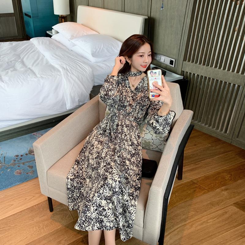 海谜璃 雪纺大理石V领连衣裙新款收腰显瘦文艺复古网红印花裙子 HBF2455